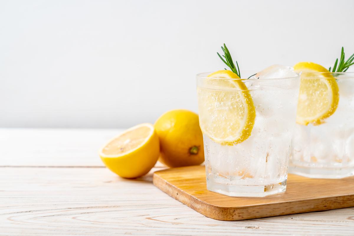 炭酸 効果 レモン 水