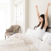 ダイエット中、寝起きにも水分は必要?