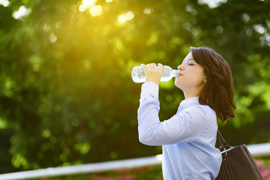 ダイエットで水分を飲むと基礎代謝がUPするのは本当です