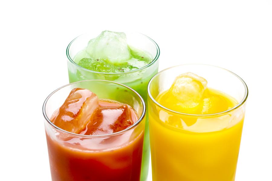 ダイエット中、糖質を多く含む水分の多量補給は逆効果です