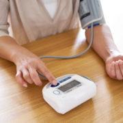 ダイエットでとる水分と血圧の関係性は?