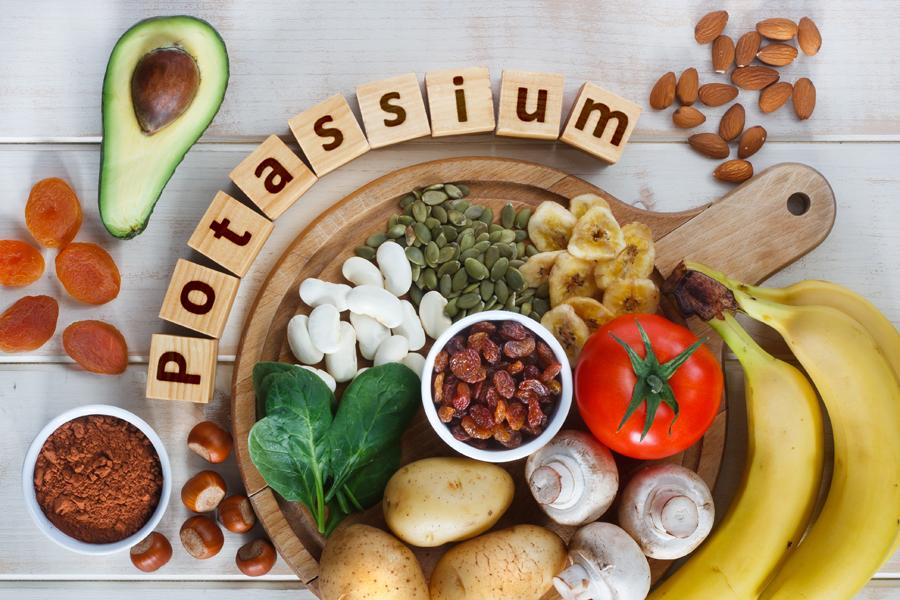 むくみ解消に良い食べ物・栄養素は、カリウムです